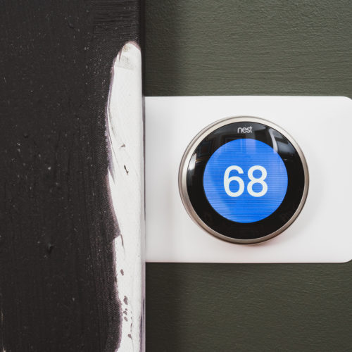 NEST Thermostat - Tech-Rich Homes Keep You Happy